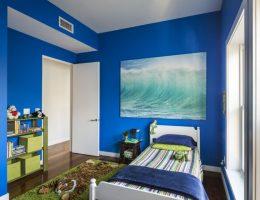 habitación azul para niño