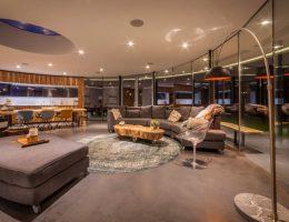 sala de estar en casa circular