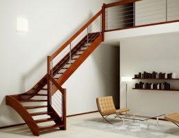 pared cerca de escaleras para la casa
